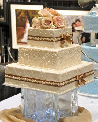 Design Your Own Cake Bakery : Granite Bakery & Bridal Showcase Wedding Venues ...