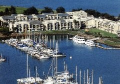 Doubletree Hotel - Berkeley Marina - Hotels/Accommodations, Reception Sites, Ceremony & Reception - 200 Marina Blvd, Berkeley, CA, 94710, USA