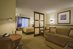 Hyatt Place Tempe/Phoenix Airport - Hotels/Accommodations - 1413 W Rio Salado Pkwy, Tempe, Arizona, 85281, USA