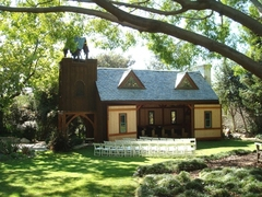 Buerge Chapel - Ceremony Sites, Reception Sites - 925 Haverford Ave, Pacific Palisades, California, 90272, USA