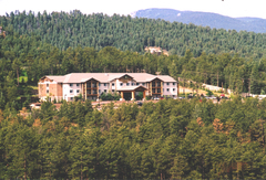 Comfort Suites at Evergreen Parkway - Hotels/Accommodations, Rehearsal Lunch/Dinner - 29300 US Hwy 40, Evergreen, CO, 80401, USA