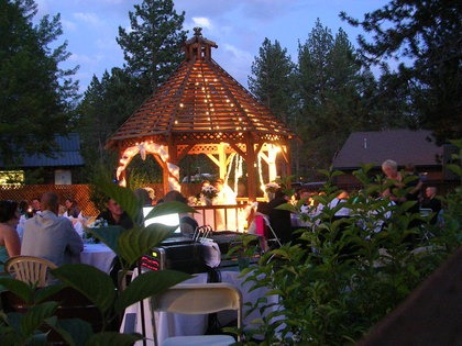 Romantic evening reception. - Newlyweds - Murphy's Irish Pub, Restaurant & Catering