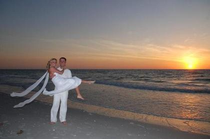 Simple Weddings - Photographers, Coordinators/Planners, Decorations - Statewide, FL, 33706, USA