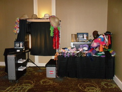 FOTOS-R-FUN, LLC - Rentals, Bands/Live Entertainment - Central / Southern, FL, 34223, USA