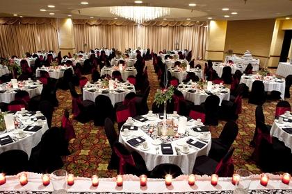 P Save 216810 Holiday Inn City Centre Sioux Falls SD