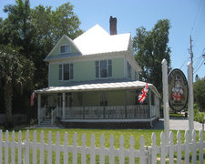 The Londoner Bed & Breakfast - Hotels/Accommodations, Bridal Shower Sites - 304 15th Street West, Bradenton, Florida, 34205, USA