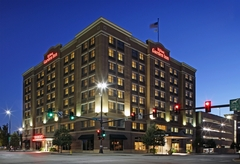 Hilton Garden Inn Omaha Downtown/Old Market Area - Hotels/Accommodations, Ceremony & Reception, Reception Sites - 1005 Dodge Street, Omaha, Nebraska, 68102, USA
