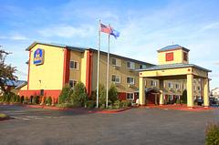 Best Western Shakopee Inn - Hotels/Accommodations, Coordinators/Planners - 511 S. Marschall Rd, Shakopee , MN, 55379, US