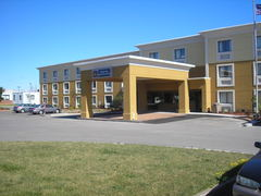 Best Western Marketplace Inn - Hotels/Accommodations - 940 Jefferson Rd, Rochester, NY, 14623, United States of America