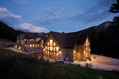 Della Terra Mountain Chateau - Reception Sites, Ceremony Sites, Ceremony & Reception, Honeymoon - 3501 Fall River Rd, Estes Park, CO, 80517, USA