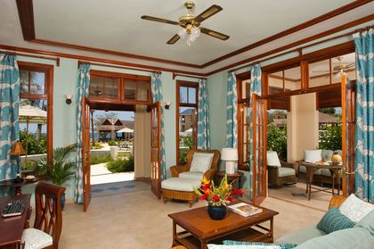 The living room of Crystal Dawn, a romantic one-bedroom honeymoon villa.   - Newlyweds - Moon Dance Cliffs