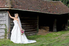 Alan Bowman Photography - Photographers, Wedding Day Beauty - 71 Cowslip Bank, Lychpit, Basingstoke, Hampshire, RG24 8RR, UK