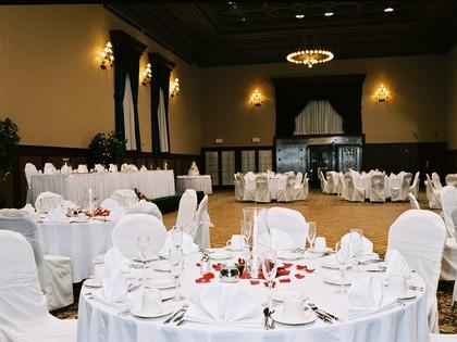 The gettysburg hotel est 1797 wedding venues vendors for Gettysburg wedding venues