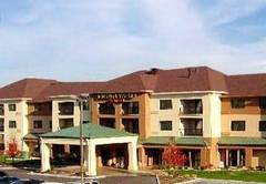Courtyard by Marriott - Hotels/Accommodations - 1928 West War Memorial Drive, Peoria, IL , 61614, USA