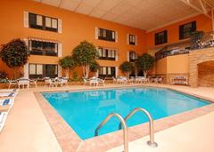 Quality Inn & Suites Starlite Conference Center - Reception Sites, Hotels/Accommodations - 2601 E 13th Street, Ames, IA, 50010, USA