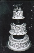 Susie G's Specialty Cakes - Cakes/Candies - 2679 Highway K, O'Fallon, MO, 63368, USA