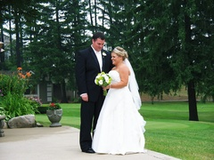 Clarkston Wedding In August in Oakland County, MI, USA