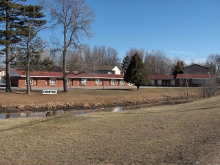Franklin Motel - Hotels/Accommodations - 444 Lakeshore Dr, North Bay, ON, Canada