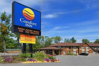 Comfort Inn - Hotels/Accommodations - 676 Lakeshore Drive, North Bay, ON, Canada