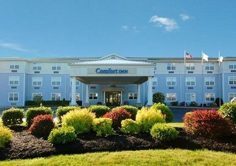 Comfort Inn - Hotels/Accommodations - 155 Samoset St. (US 44), Plymouth, MA, United States