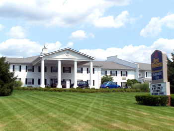 Best Western Parkside Inn - Hotels/Accommodations - 80 Chenault Road, Frankfort, KY, United States