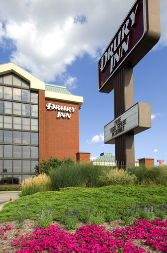 Drury Inn Terre Haute - Hotels/Accommodations - 3040 Hwy 41 S, Terre Haute, IN, United States