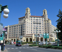 Arlington Resort Hotel & Spa - Hotel - 239 Central Avenue, Hot Springs, AR, United States