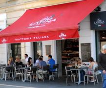 Via Latina Boutique - Via Latina Boutique  - 12 Boulevard Jean Jaurès, Nicea, Prowansja-Alpy-Lazurowe Wybrzeże, 06300