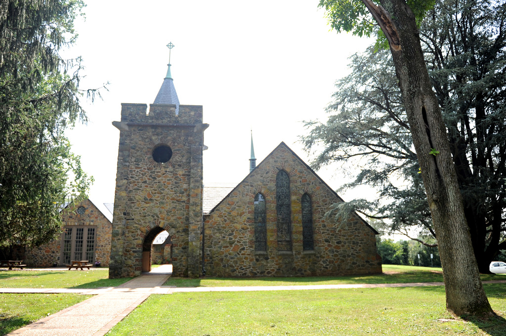 Grace Episcopal Church - Ceremony Sites - 6507 Main St, The Plains, VA, 20198