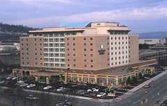 Embassy Suites - Hotel - 300 Court St, Charleston, WV, 25301