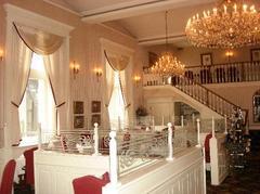 Laury's Restaurant - Restaurant - Maccorkle Ave SW, Charleston, WV, 25303