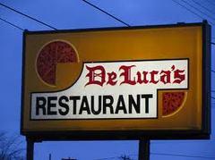 Deluca's Restaurant - Restaurant - 2006 W Willow St, Lansing, MI, United States