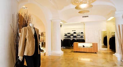 Famous Shopping Street - Shopping - Via Camerelle, 80073 Capri NA, IT