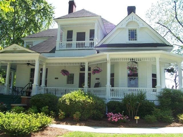 Ray's House - Ceremony Sites - E Main St N, Hampton, GA, 30228