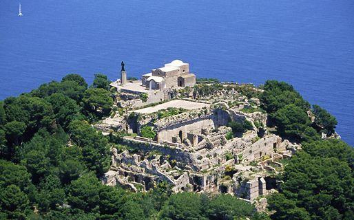 Villa Jovis - Mount Tiberio - Attractions/Entertainment - 13, V. Cimmino, Capri, NA 80073, Italy