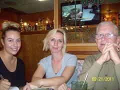 Hickory Garden Family Restaurant - Restaurant - 3311 Hickory Grove Road, Davenport, IA, United States