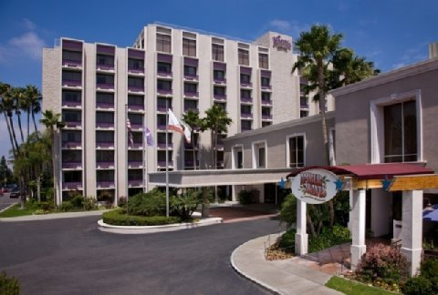Knott's Berry Farm Hotel - Hotels/Accommodations, Reception Sites, Ceremony Sites, Attractions/Entertainment - 7675 Crescent Avenue, Buena Park, CA, United States