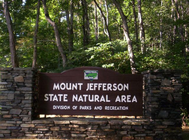 Jefferson (NC) United States  city photos gallery : ... /Entertainment Jefferson Township, North Carolina, United States