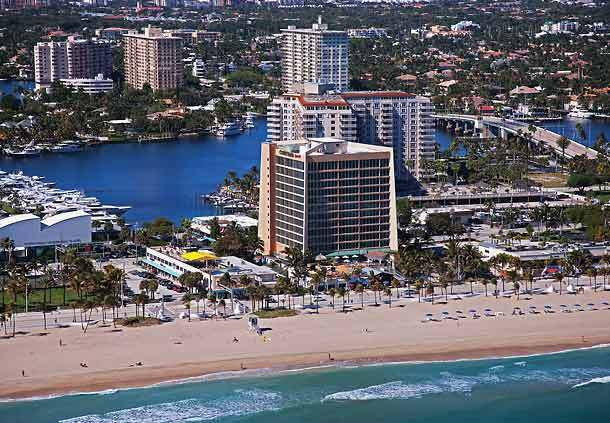 Courtyard Fort Lauderdale Beach - Hotels/Accommodations - 440 Seabreeze Boulevard, Fort Lauderdale, FL, United States