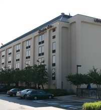 Hampton Inn Of Charlottesville - Hotels/Accommodations - 2035 India Road, Charlottesville, VA, USA