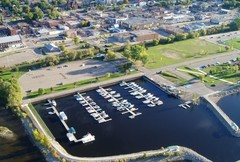 Pembroke Marina - Attraction -