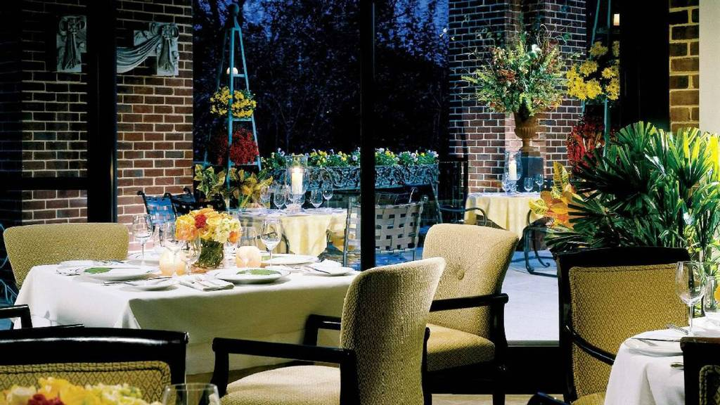 Four Seasons Georgetown - Hotels/Accommodations, Reception Sites, Ceremony Sites - 2800 Pennsylvania Ave NW, Washington, DC, 20007