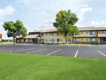 Super 8 St. Joseph/st. Cloud Area - Hotels/Accommodations - 1825 E Minnesota St, St. Joseph, MN, United States