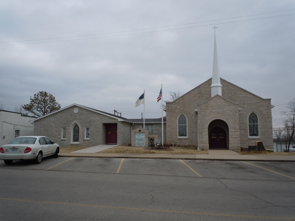 Community Presbyterian Church - Ceremony Sites - 271 Main St, Forsyth, MO, 65653
