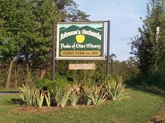 Peaks of Otter Winery - Attraction - 2122 Sheep Creek Road, Bedford, VA 24523-3837, United States