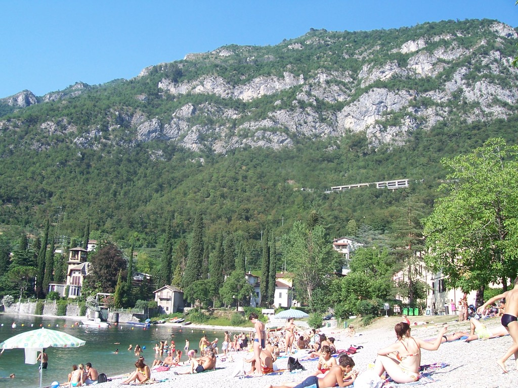 Rivabianca Beach Lierna - Beaches - Lierna, Lombardia