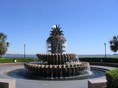 Pineapple Fountain - Waterfront Park - 1 Vendue Range St, Charleston, South Carolina, US