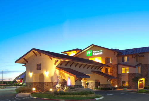 Holiday Inn Express - Hotels/Accommodations - 3001 Hotel Dr, Turlock, CA, 95380