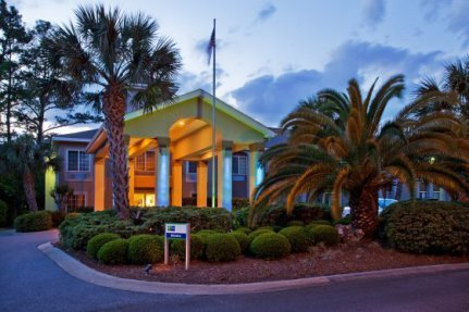 Holiday Inn Express - Hotels/Accommodations - 299 Main St., St. Simons Island, Georgia, 31522