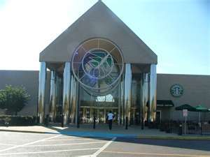 Pecanland Mall - Attractions/Entertainment, Shopping - 4700 Millhaven Road, Monroe, Louisiana, United States